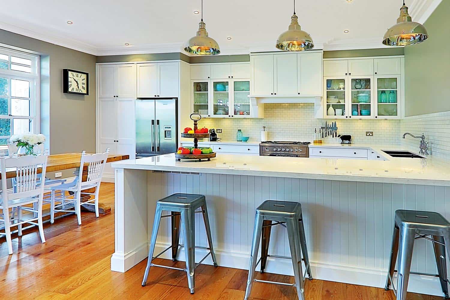 contemporary style kitchen